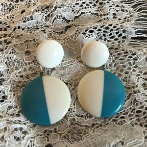 Vtg 70s Teal Blue and White Dangle Earrings